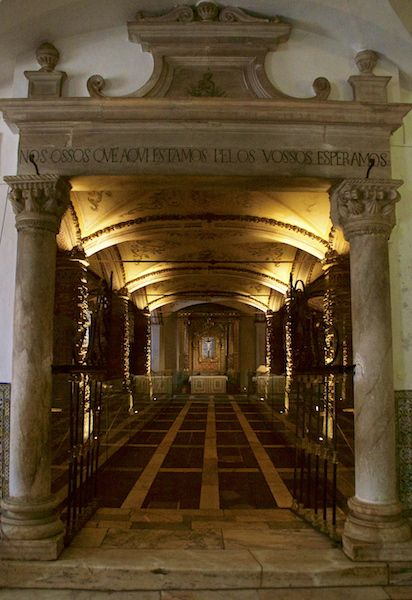 """Bones Chapel in Evora, Portugal - It says : We the bones that are here, will be waiting for yours"""""""