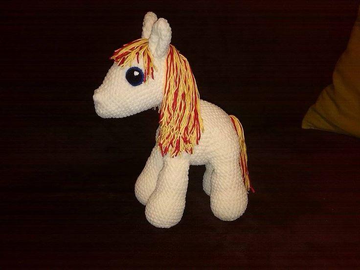 crochet horse