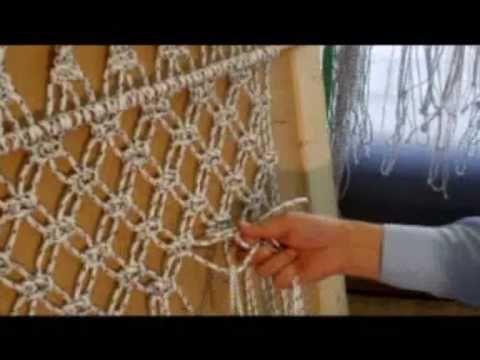 Macrame Plant Hanger / Blumenampel Makramee / Макраме Подвесное кашпо - YouTube