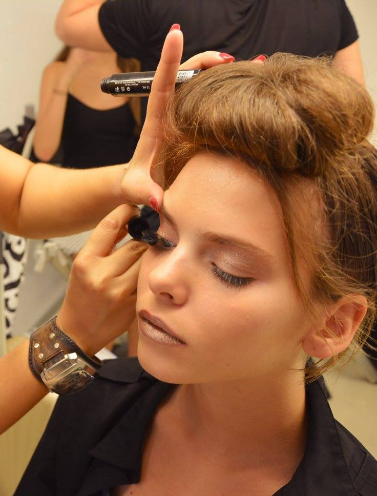 Radiant @Fashion Workshop by Vicky Kaya #makeup #radiantprofessional #fashion #defile #beauty