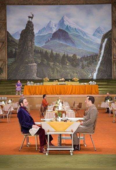 The Grand Budapest Hotel (2014) Wes anderson zorgt altijd voor symmetrie en een one point perspective in zijn films