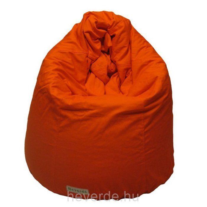 Kecses, többfunkciós körte formájú babzsákfotel narancs színben. Állítva kényelmes magas üléspozíciójú fotel, lefektetve pedig tökéletes heverésző babzsák.
