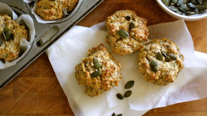 Fluffy chia muffins