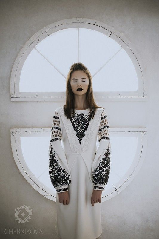 Бренд Chernikova представив прев'ю нової колекції SS 2018, прем'єра якої відбудеться 28 жовтня на Lviv Fashion Week