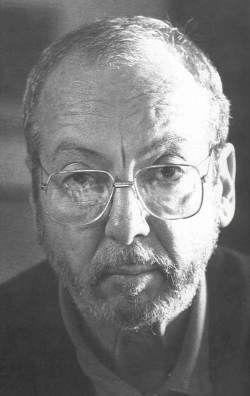 Enrique Grau era un pintor famoso de Cartegna, Colombia. Era famoso por el arte de las personas Indian y Afro-Colombian. Enrique no tiene profesores de arte, aprendió a pintar. Enrique Grau murió en Bogotá cuando tenía 83 años.