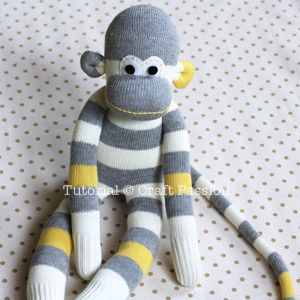 complete sock monkey - DIY with pdf