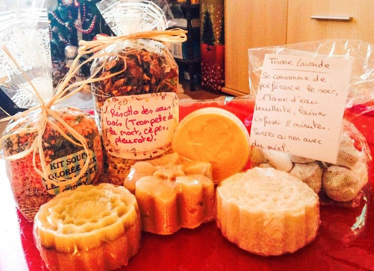 Pour mes beaux-parents, idem un petit paquet de crackers maison sans sel rejoindra les cadeaux.