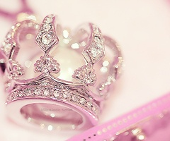 .The Princesses Diaries, Diamonds, Queens, Juicy Couture, Crowns Rings, Princesses Crowns, Pink Princesses, The Brides, Tiaras