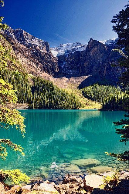Do a Road trip through Canada (in pick Banaff) visit: Niagara falls, notre-dame