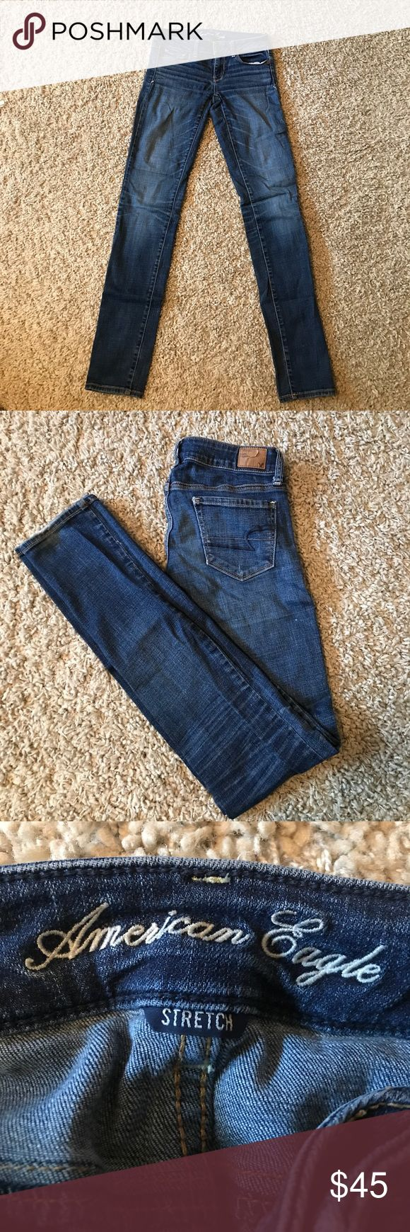 American Eagle skinny denim these American Eagles lighter wash denim are in good condition. size 2 and the length is long. stretchy fit. americn eagle Jeans Skinny