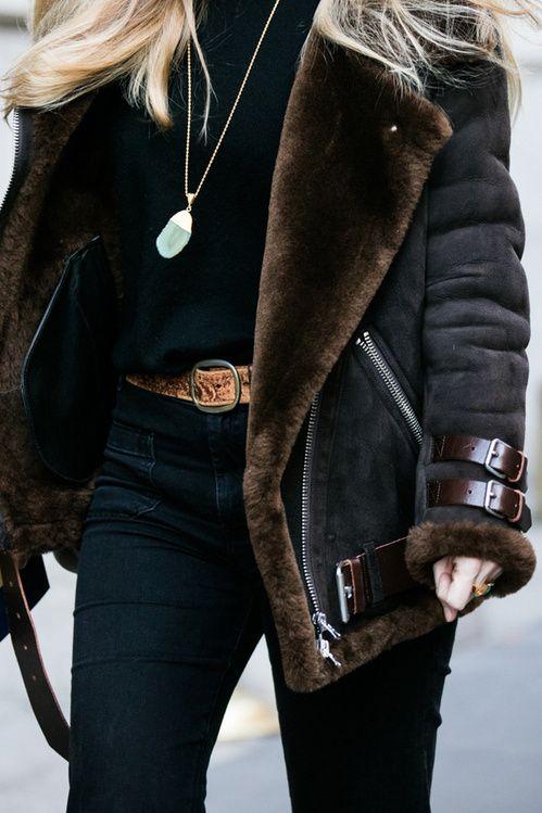 les 25 meilleures id es concernant manteau en peau de mouton sur pinterest veste peau de. Black Bedroom Furniture Sets. Home Design Ideas