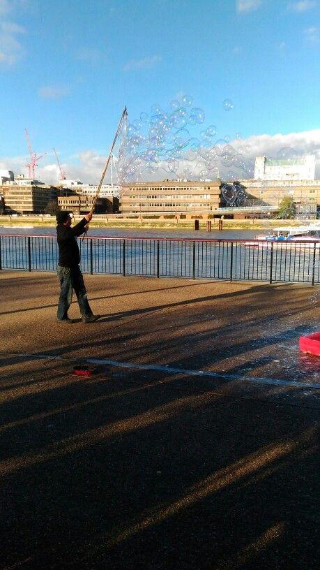 Soap bubbles ... Amazing London