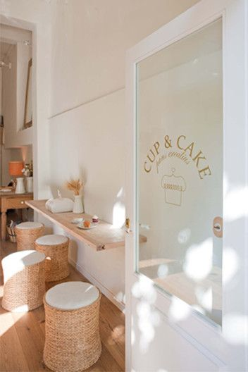 Cup & Cake in Barcelona. A yummy treat and delicious coffee, too.