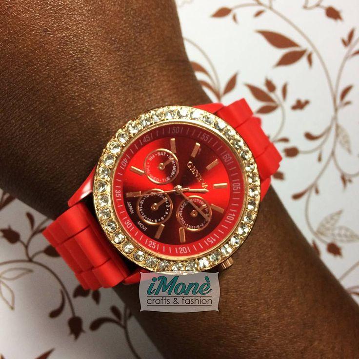 Orologio con quadrante 38mm e cinturino in silicone... in vendita! #clock #strass #rosso #red