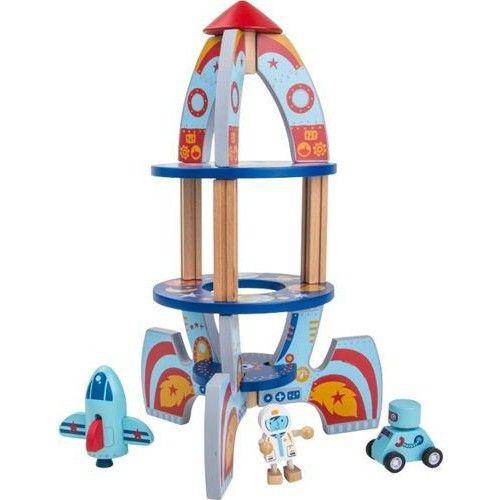 COHETE ESPACIAL 3D Este colorido cohete de madera y de dos plantas es fácil de montar y ofrece a los pequeños astronautas un lugar para aterrizar. Además viene con un robot con ruedas ¡y es muy divertido!. Recomendado a partir de 3 años. http://www.babycaprichos.com/cohete-espacial-3d.html