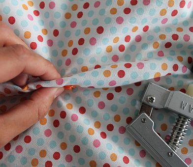 Comment poser un pression loin du bord du tissu ? Un tuto très facile !