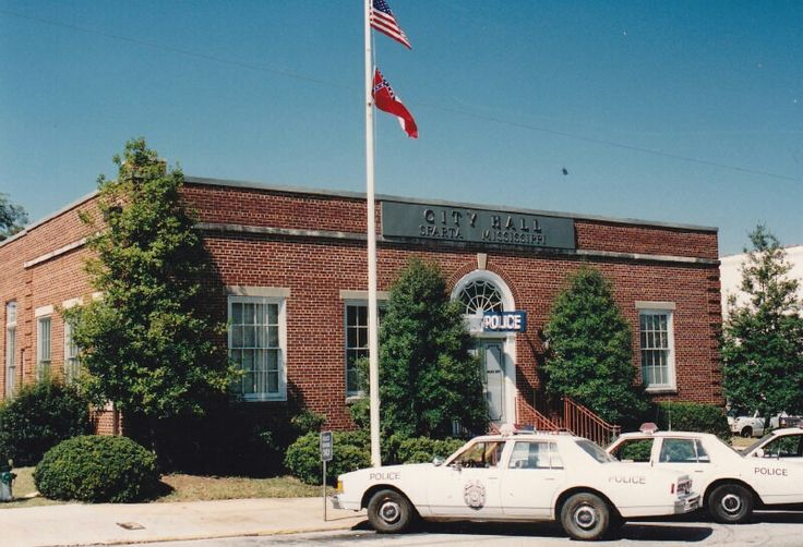 Sparta Mississippi Police Department In The Heat Of