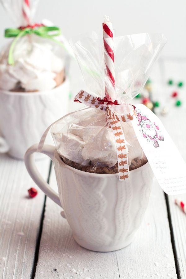 Homemade Holiday Gifts: Easy Double Chocolate Vanilla Bean Hot Cocoa Mugs + Marshmallows