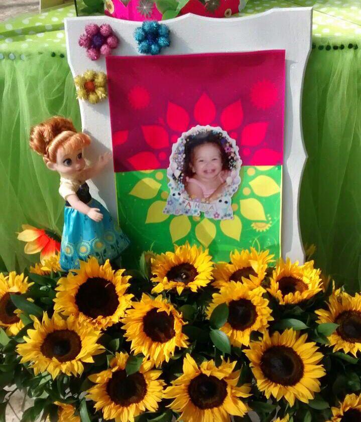 Cuadro y flores Anna C