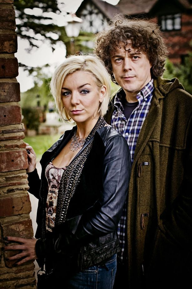 Picture shows: Joey (Sheridan Smith) and Jonathan Creek (Alan Davies)-1243034 615×923 pixels