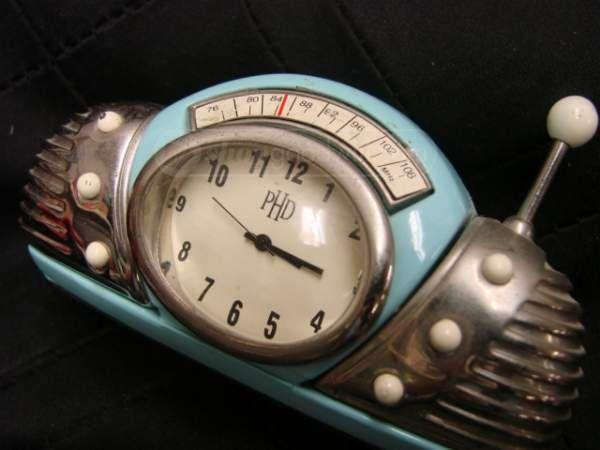 shopgoodwill.com: Vintage Style Radio Clock