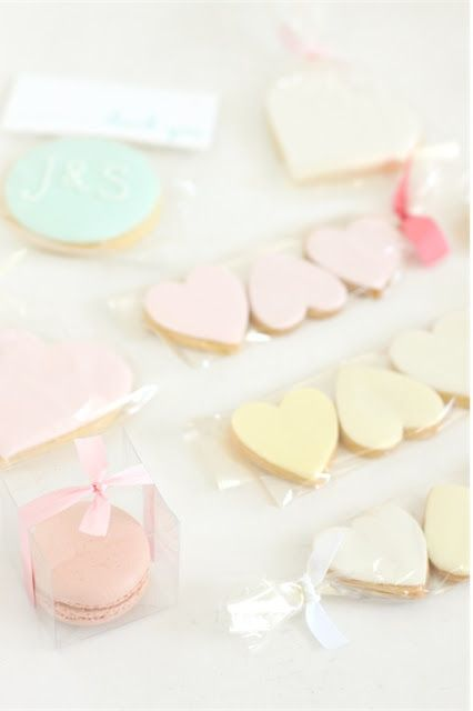 hello naomi: cute favour ideas...!!