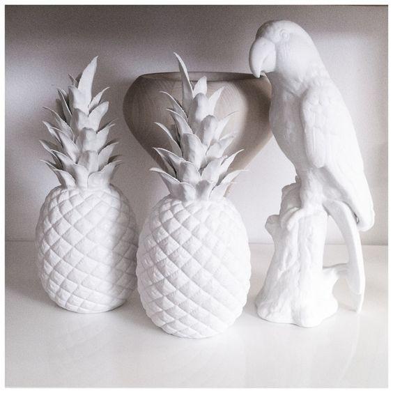 Статуэтка Ананас Pineapple от Pols Potten,  glazed porcelain decoration, white pineapple, decor, white parrot, ananas, interior accessories decor ideas, design, декор комнаты, фарфор, белый попугай, аксессуары для дома #idcollection