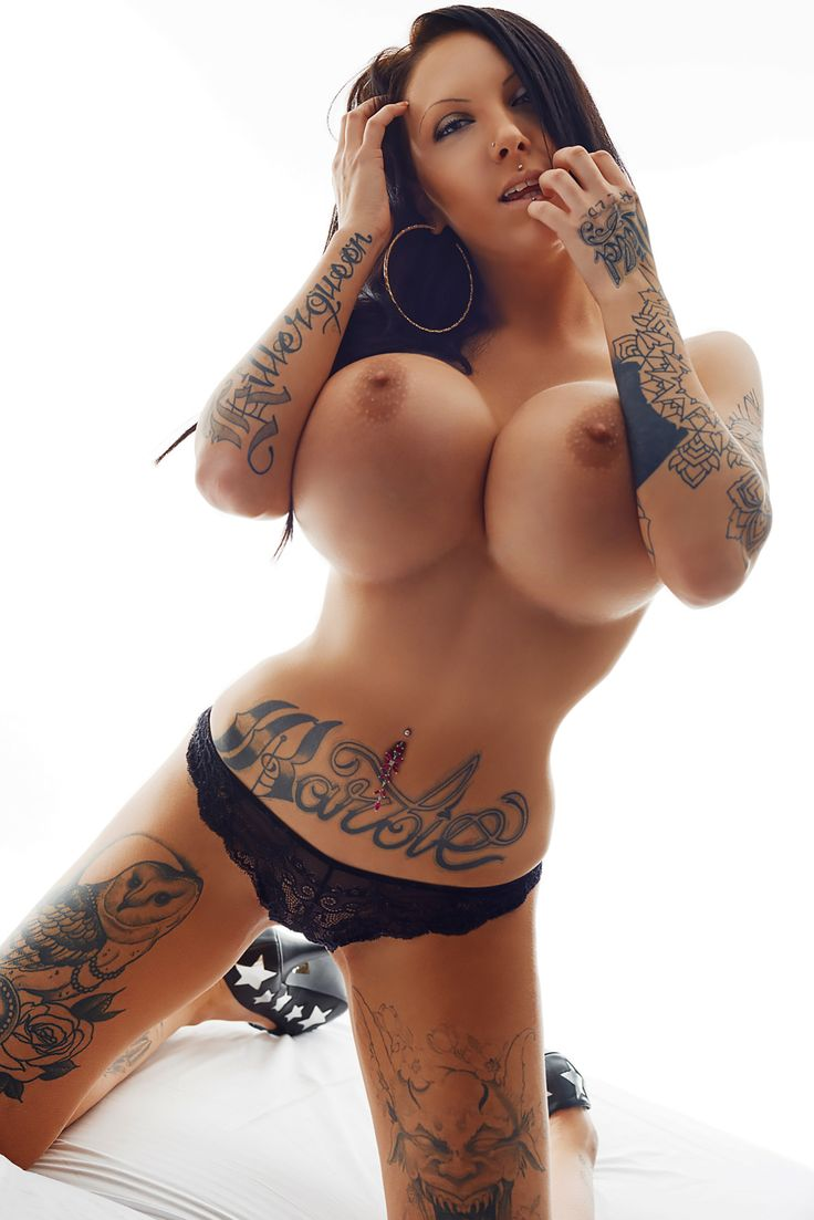 Big tits and tattoos porn kitty vibrator