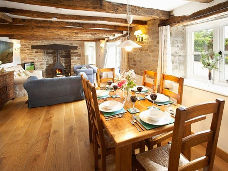 Beautiful interior english cottages barn for Barn home interiors