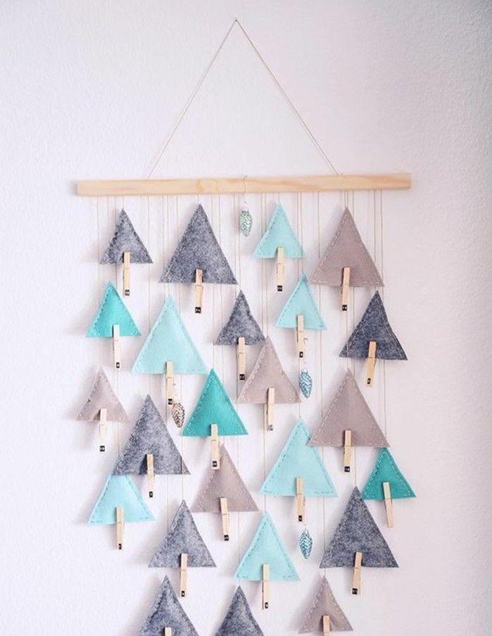 petites pochettes triangulaires en tissu et en forme d arbres de noel, décoration de noel à fabriquer soi-meme suspendue, idée fantastique de calendrier de l avent
