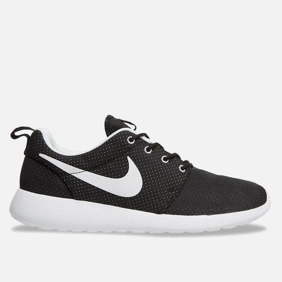 Nike - Roche Run - Black & White