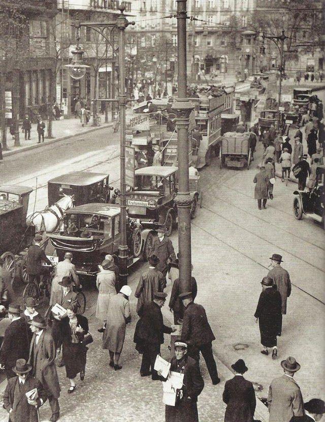 Die Linkstrasse am Potsdamerplatz Berlin 1927