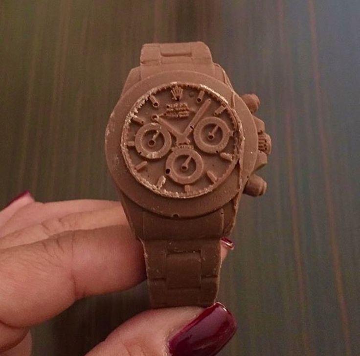 Via @ifuckinglovewatches ⌚️ #worldsuniquedesigns #loveit #watch #watches #rolex #chocolate #chocolatewatch #yummy #design #chocolatedesign #chocolatelove #chocolatelover #chocolateaddict #designlove #designer #happy #likepost #likelikelike