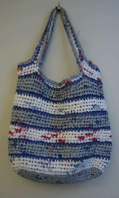 La crochetnauta: Tejer crochet con bolsas de plástico