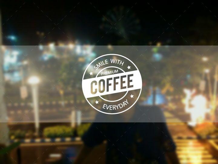 Bahagiaku cukup sederhana Secangkir kopi dan berbagi cerita