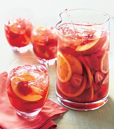 Strawberry Sangria.  I'll definitely be making this this summer.  Yummmm...