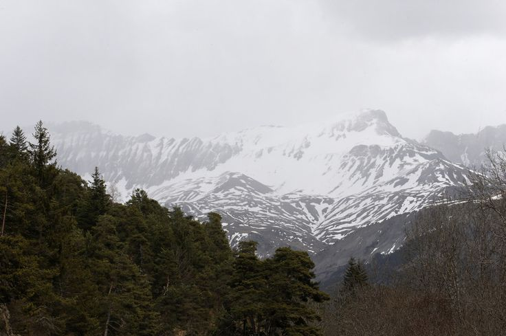 At least 5 soldiers killed in French Alps avalanche - reports  http://pronewsonline.com  A general view shows the snow-covered French Alps (c) Jean-Paul Pelissier