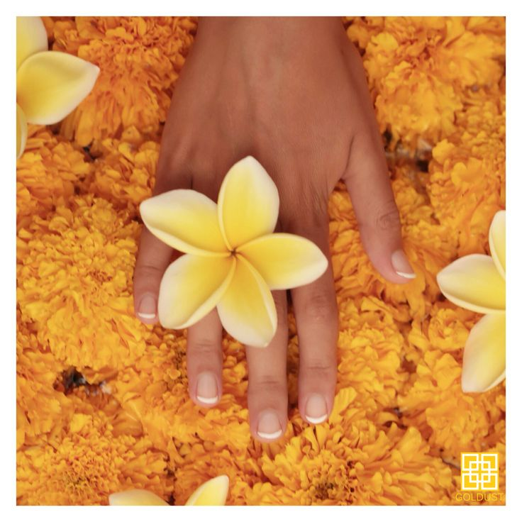 Start your week with some beauty care at GOLDUST. Happy Monday! | GOLD | FEEL LIKE GOLD | 24K GOLD | BEAUTY | SKIN CARE | BODY CARE | NAIL CARE | BODY & BEAUTY PRODUCTS | FACIAL | MASSAGE | MANICURE | PEDICURE | NAIL POLISH | HAIR SPA | TREATMENTS | RELAX | PAMPERING | LUXURY | INDULGE | JEWELRY | RESORT WEAR | HEALTHY GLOW | WELLBEING | SPA | DAY SPA | BEAUTY LOUNGE | BEACH | SUNSET | TROPICAL | SUMMER | CANGGU | BALI | INDONESIA