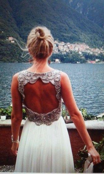 Свадьба Насти Волковой в Италии. Платье с открытой спиной
