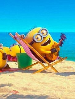 Love, love, love! Minions at the beach #minions #despicable_me #beach