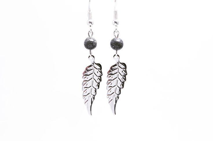 925 Zilveren oorbellen met natuursteen Jade.
