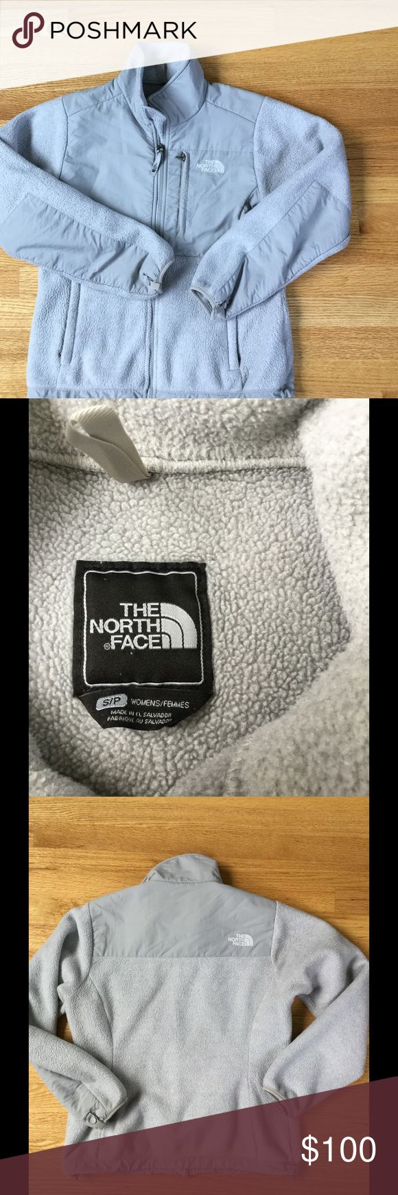 North Face Women's Gray Fleece Jacket EUC Size small. Pilling on fleece pictured from normal wear.⭐️Make an offer using the offer button or take advantage of my bundle discount! Trades North Face Jackets & Coats