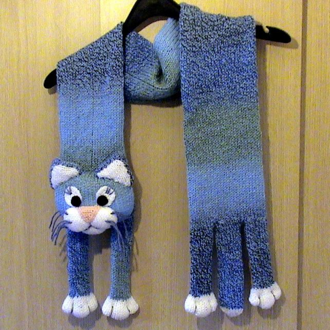 Knitted Blue Cat Scarf £15.00  SO CUTE