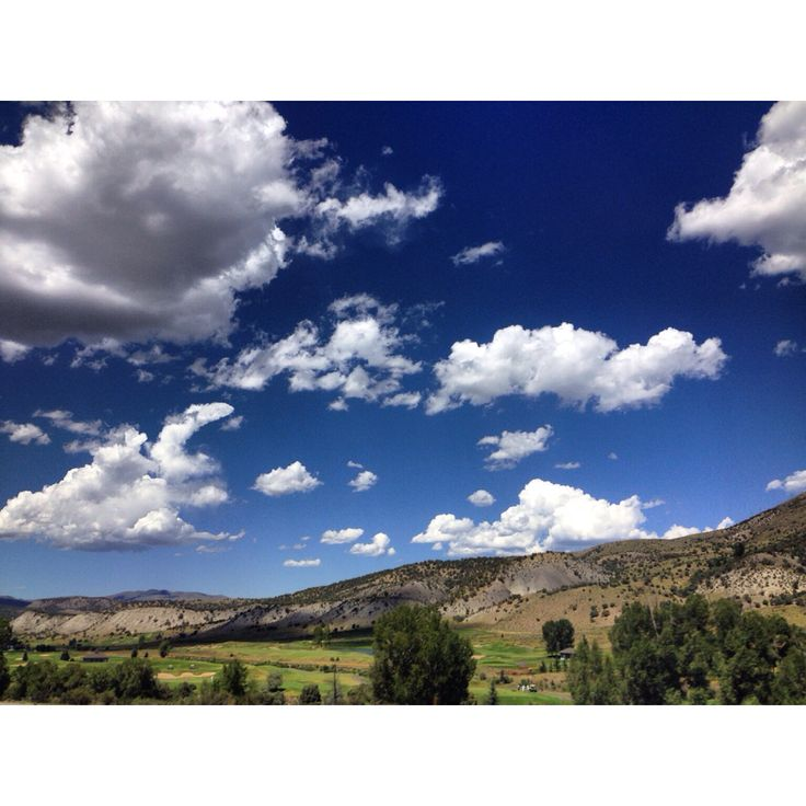 Rocky Mountain skies. iPhone photography by me, Jesi Hoolihan Photography.