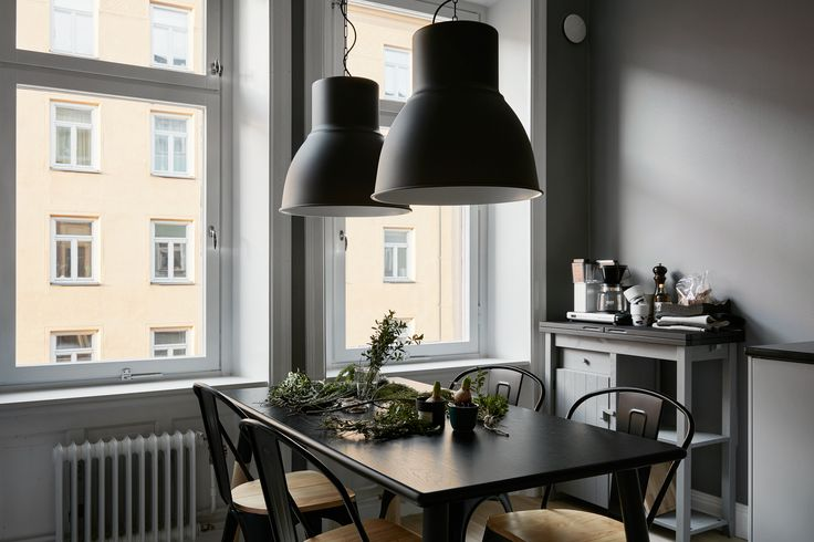 dining spot in a lovely apartment in grey shades at fantastic frank via http://www.scandinavianlovesong.com/