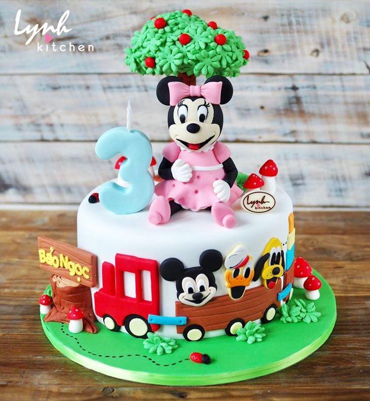 #lynhkitchen #Chocolatecake #Delicious #Cakeforchildren #Cakeforboy #cakeforgirl #fondantcake #Minniecake #mickey #minnie #donald #pluto 👉🏻Để được hỗ trợ và tư vấn trước khi đặt bánh : 💌Inbox cho Lynh Kitchen hoặc fanpage Lynh Kitchen ☎️Hotline: 0936330333-01226175596 📪Địa chỉ: 161 Nguyễn Thị Nhỏ P9 Tân Bình 🚙 Giao bánh tận nhà