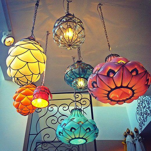 les 25 meilleures id es de la cat gorie lustre oriental sur pinterest lampadaires mid century. Black Bedroom Furniture Sets. Home Design Ideas