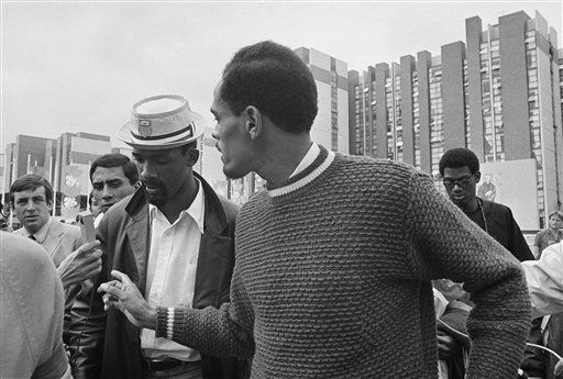 Holy Names University Research Guide for the John Carlos Story [Website]