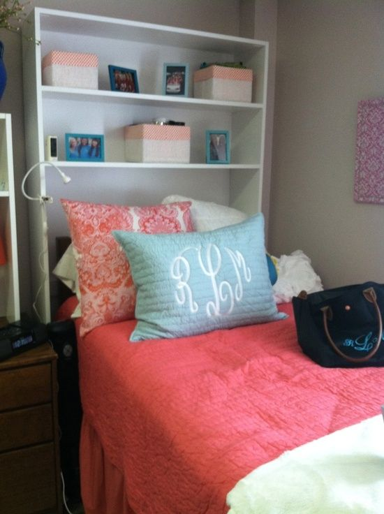 The shelf as a headboard is a fantastic idea for a small bedroom.