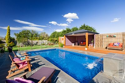 Rectangular Pool Design measuring 8.0m x 4.0m, features a swim out and pool water feature. SPASA VIC GOLD Award Winning Project 2016